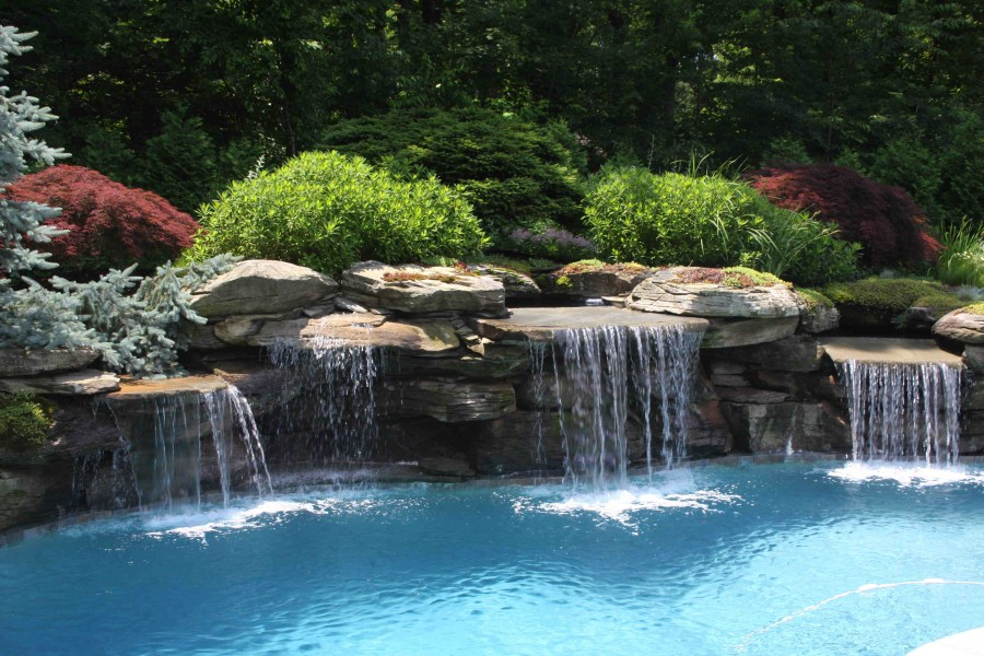 Water features all seasons lawn care for Water garden landscaping